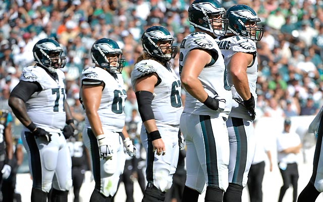 Usa-eagles-offensive-line
